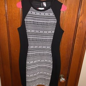 Bodycon black and white dress